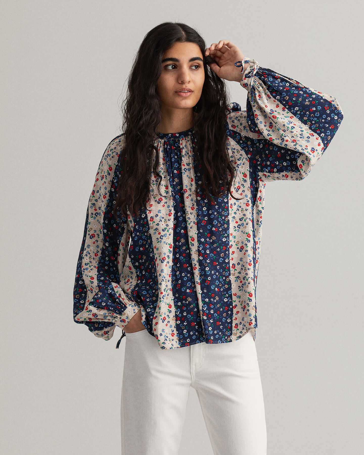 Liberation Flower blus med tryck