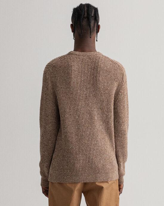 Ribbstickad tröja i nepsgarn med rund halsringning