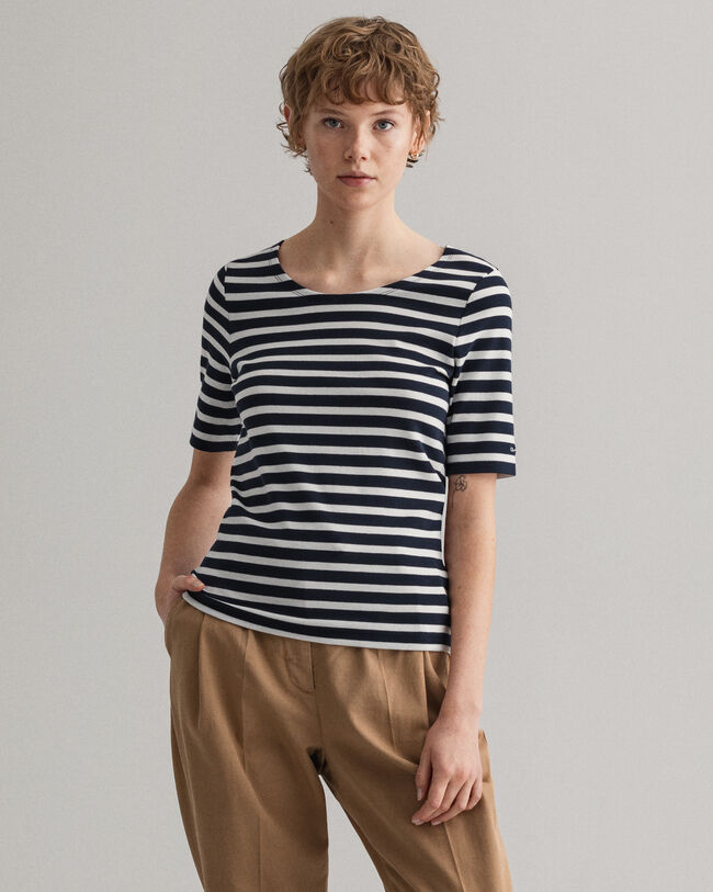 Randig ribbstickad T-shirt med längre ärm