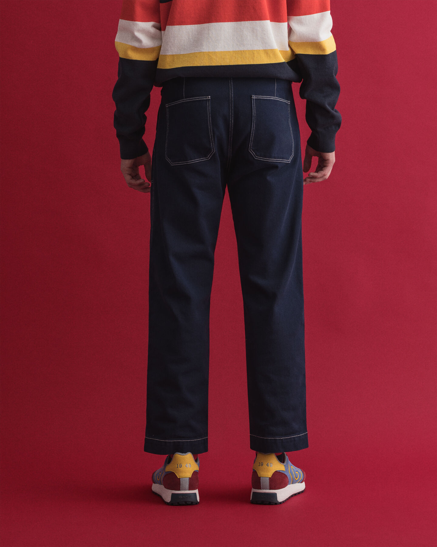 Kortare jeans med påsydda fickor