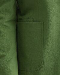 Kostymkavaj i bäckebölja