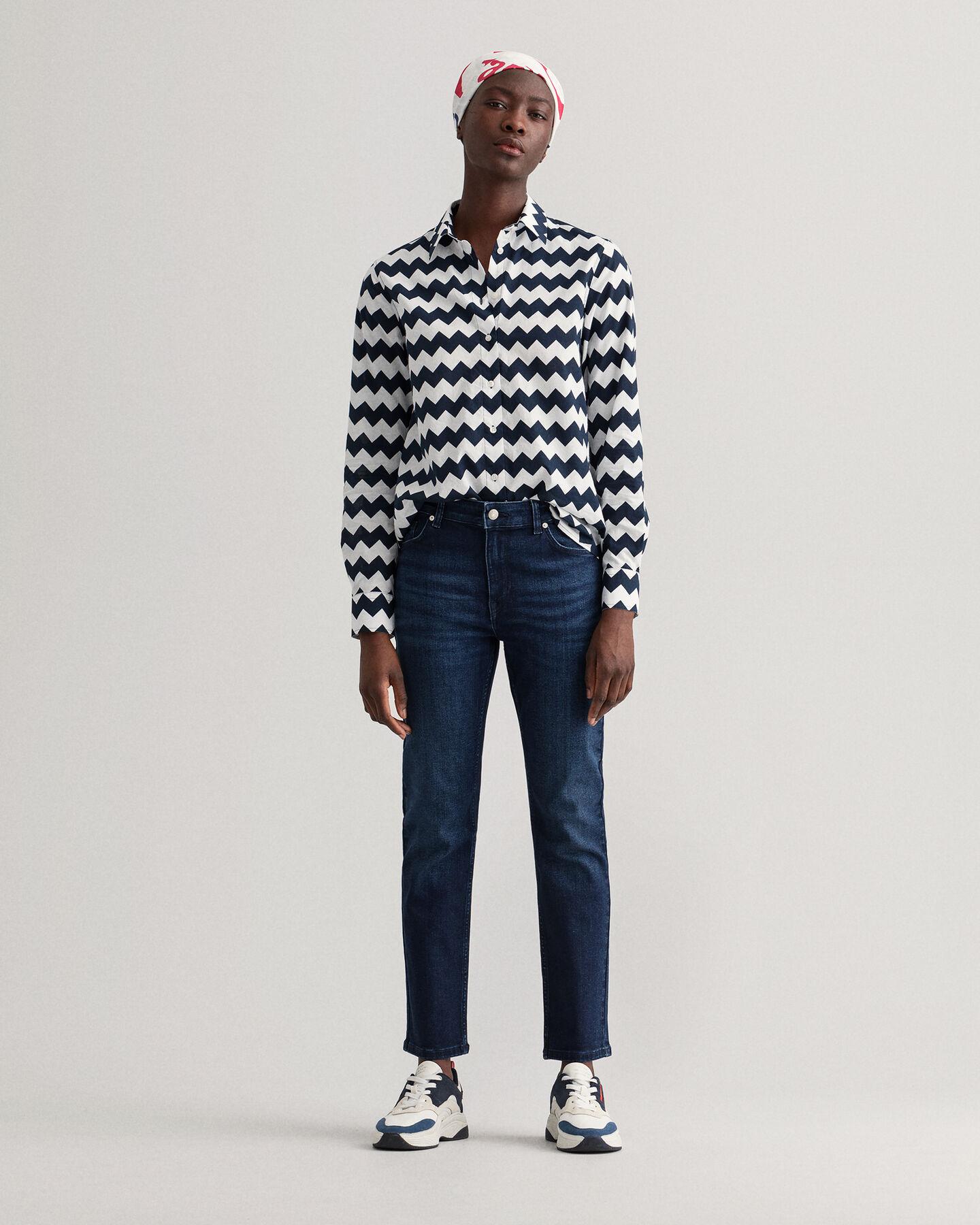 Farla slim fit jeans med något kortare ben