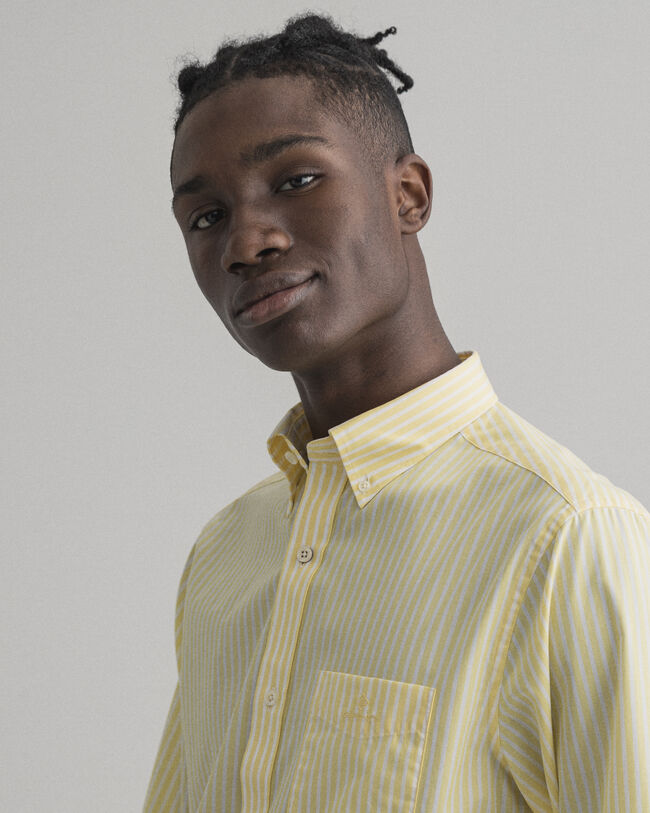 Regular fit randig poplinskjorta